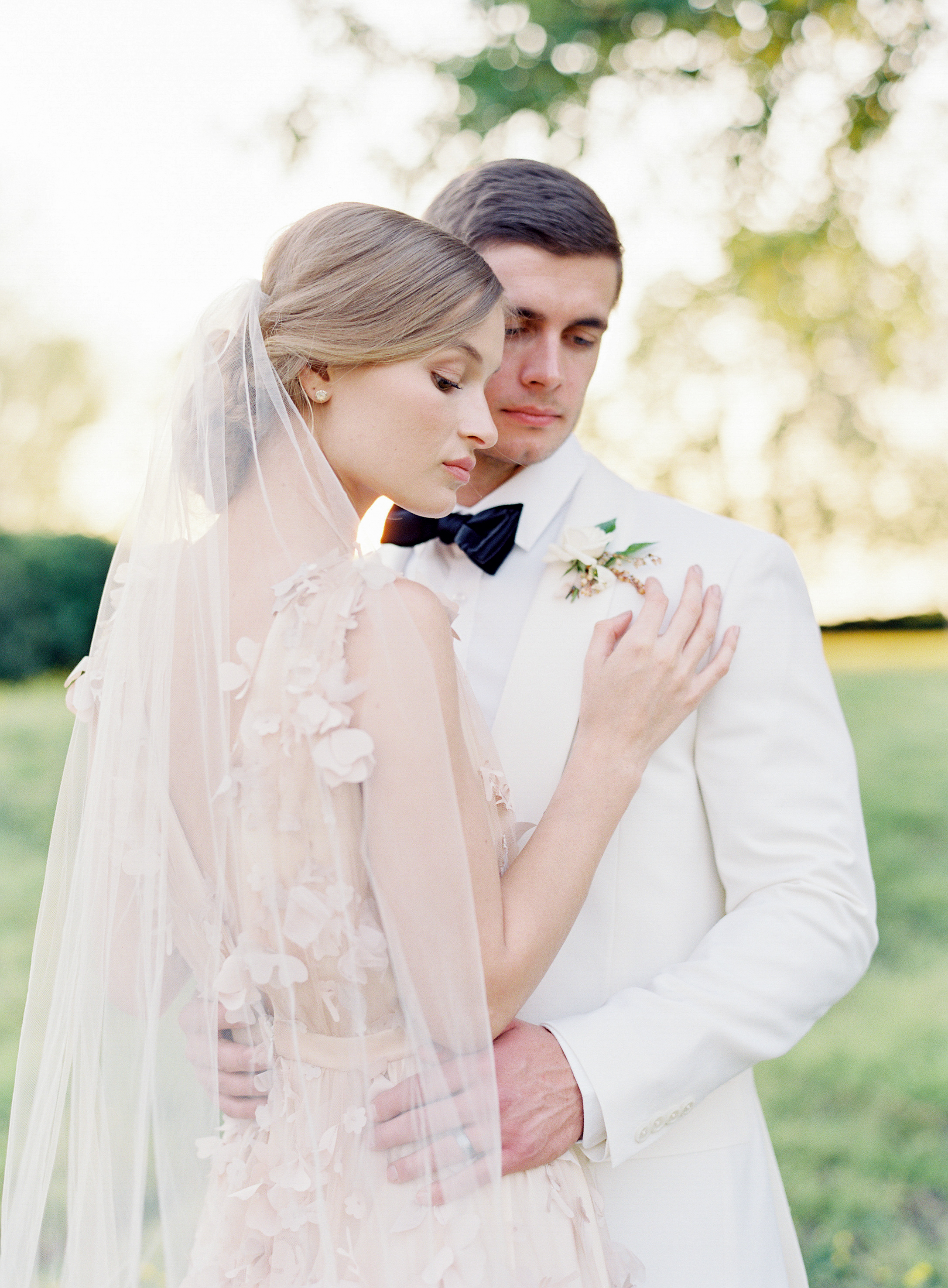 Virginia blush spring wedding at North Point Plantation with Rachel May Photography and East Made Event Company featured on OnceWed-0433.jpg