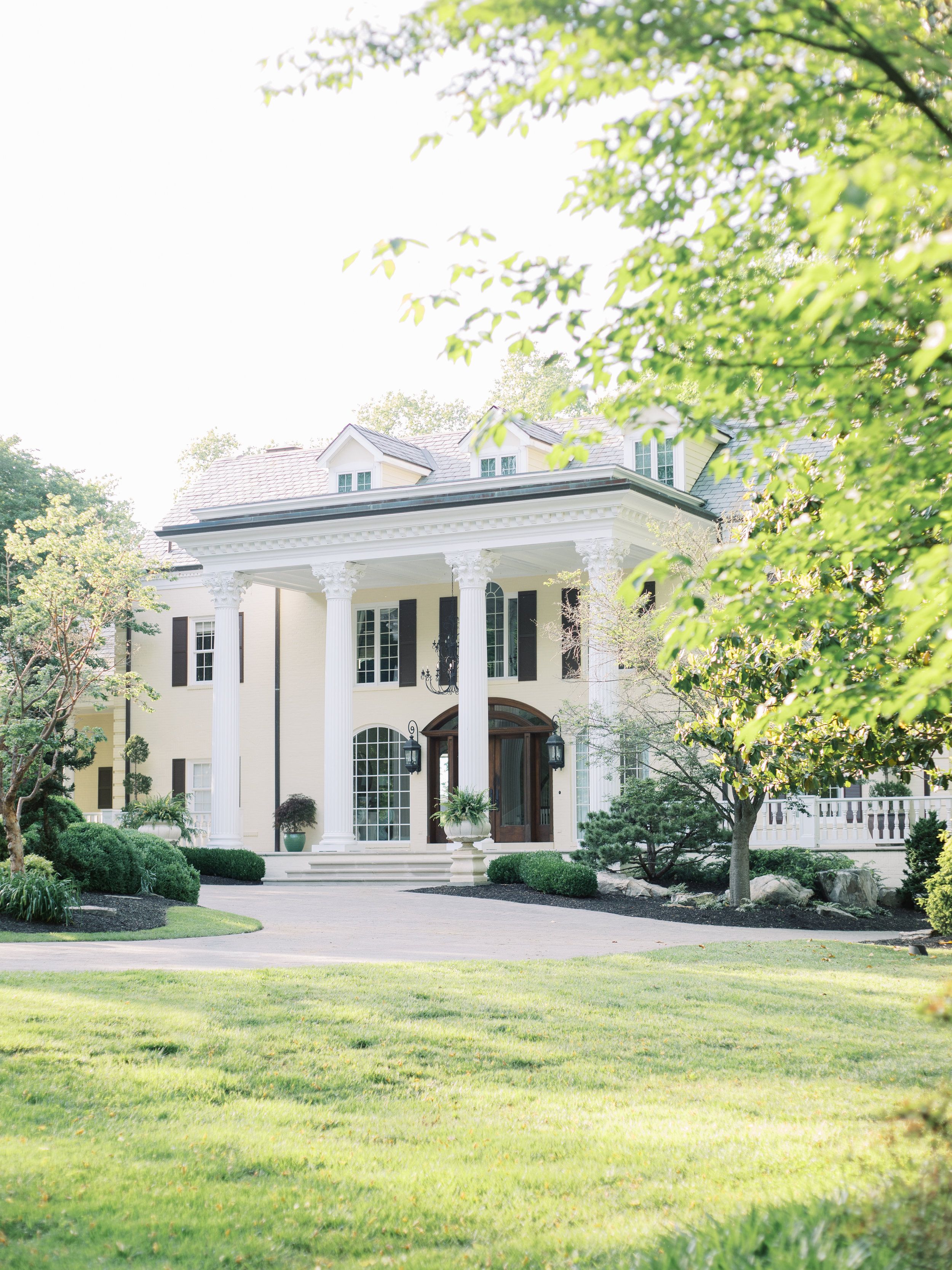 Faith Roper Photography and East Made Co Nashville wedding planner at the Estate at Cherokee Dock wedding inspired by Monet Hybrid Co-67.jpg