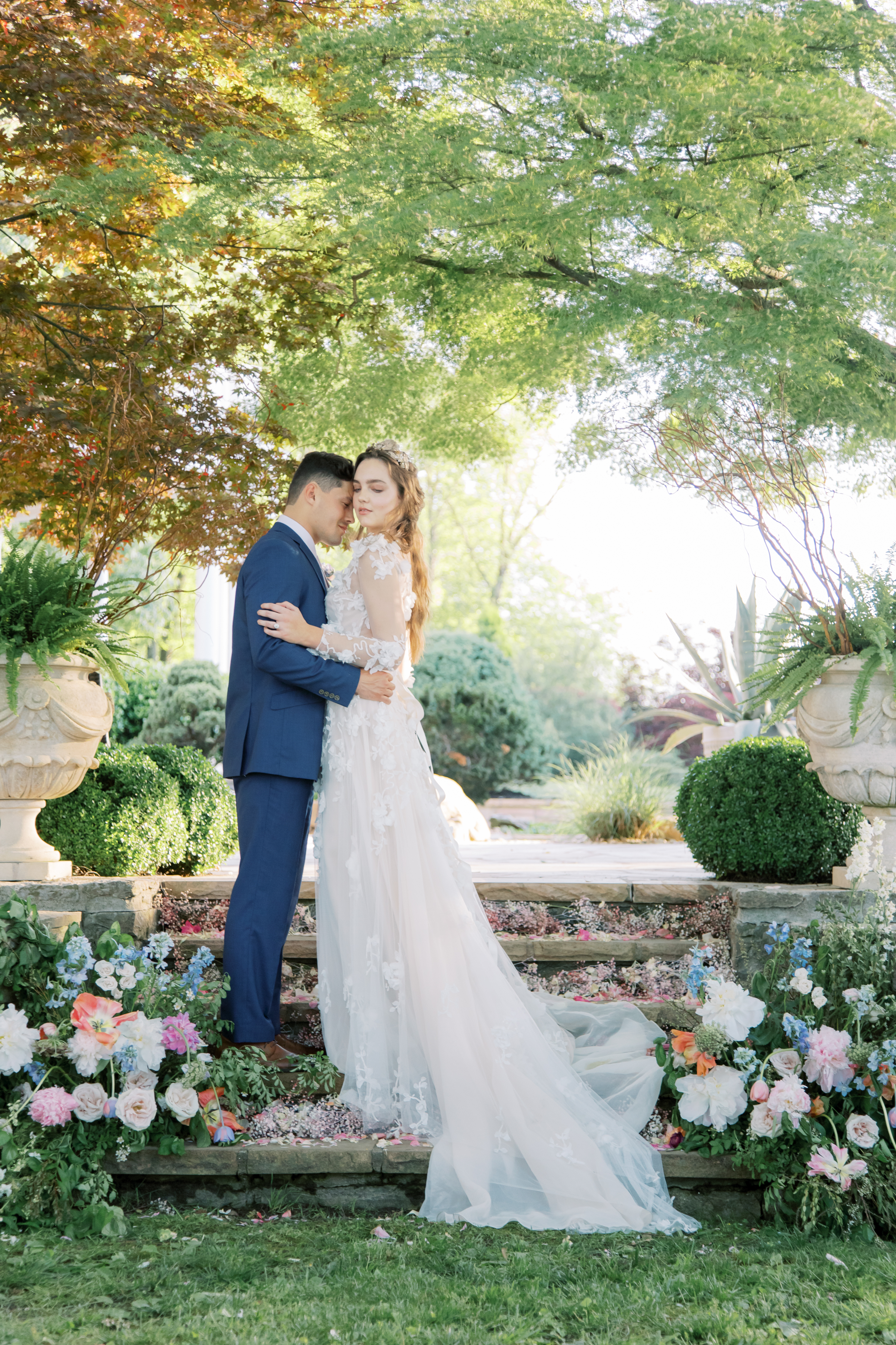 Faith Roper Photography and East Made Co Nashville wedding planner at the Estate at Cherokee Dock wedding inspired by Monet Hybrid Co-105.jpg