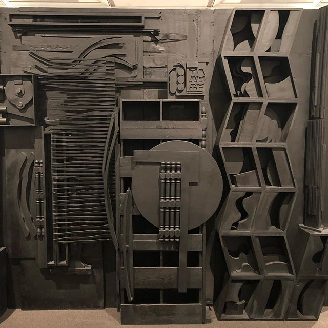 I want this!! #mrsnspalace #louisenevelson #metropolitanmuseumofart #inspiration