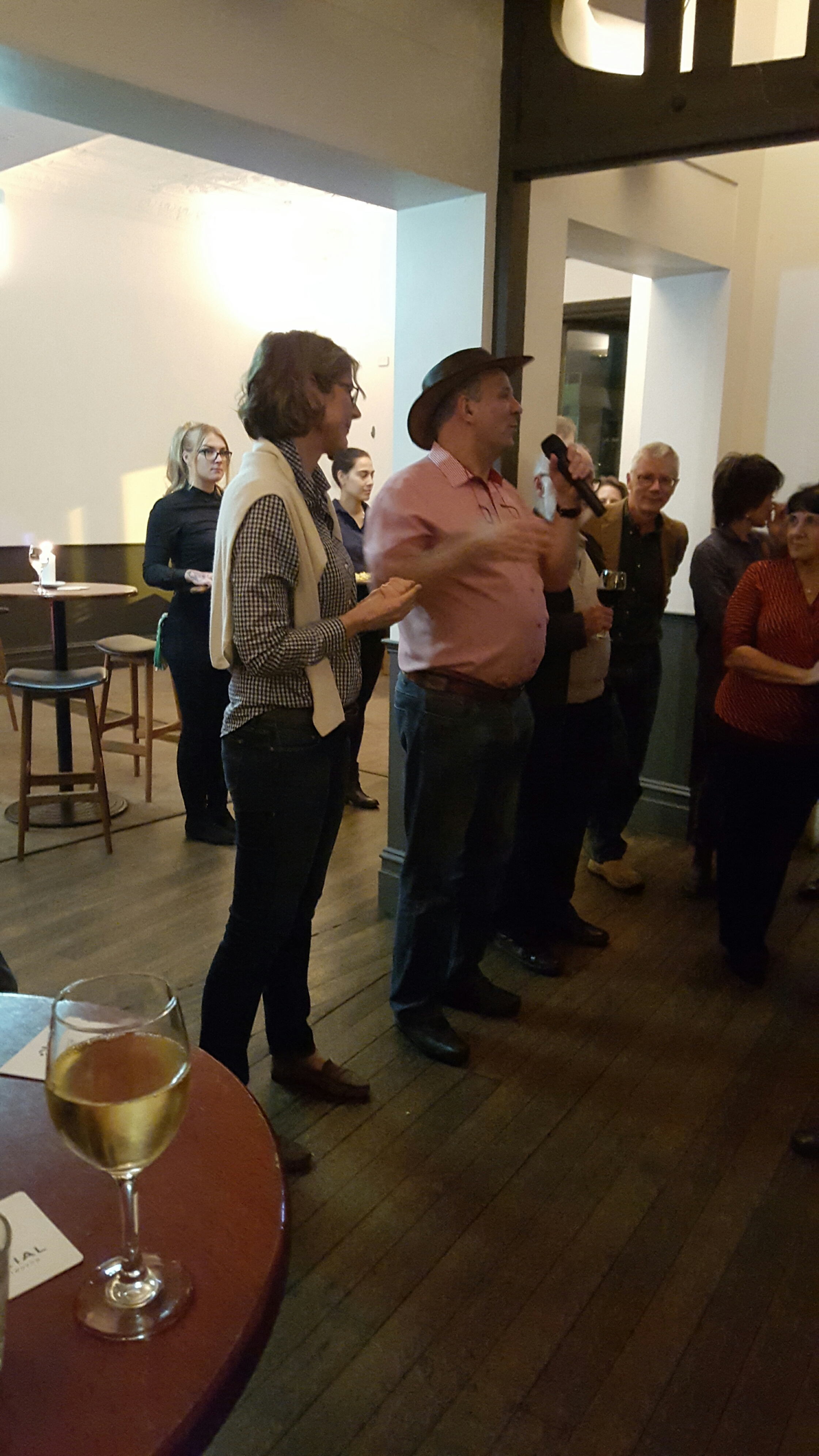 Farewell of Ernst Steinmann and Edith in true Aussie Style, with a hut and in a Pub! All the best from the whole of the Swiss Business and Social Community.