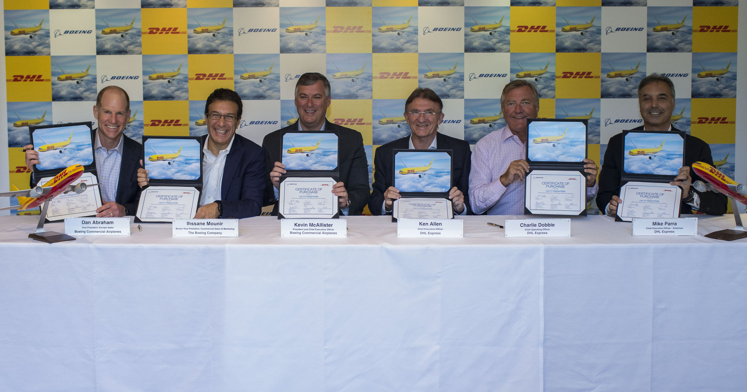 DHL Express Purchase Boeing 777 - Signing Ceremony 150718 - 1.jpg