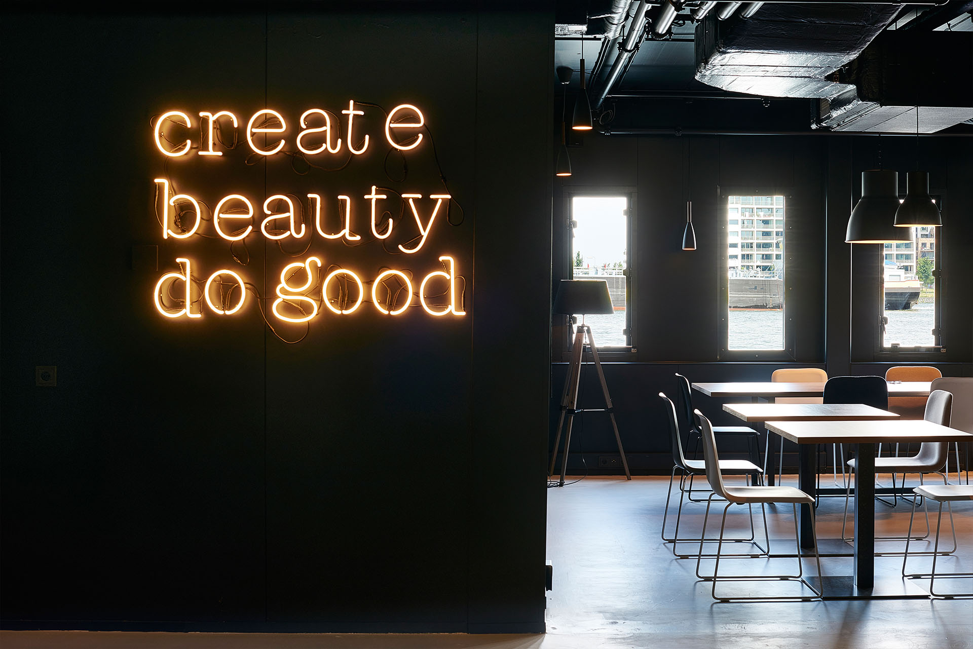 Neon art /Good Hotel Amsterdam is not a (so called) design hotel. We used design to create an experience that embodies the mission of the Good Group: Premium hospitality with a cause.