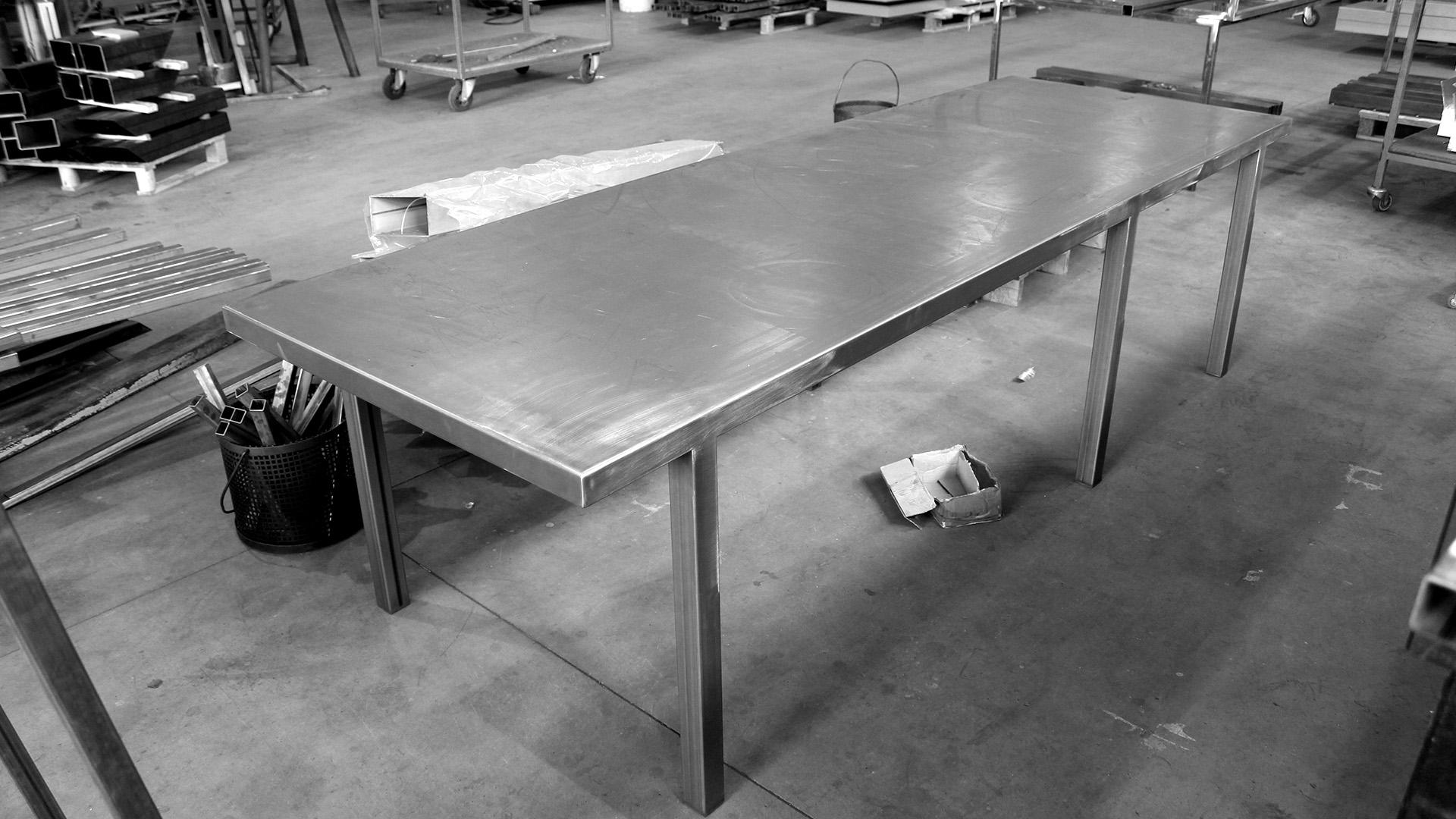 Work in progress  / KOKER XL in the workshop.