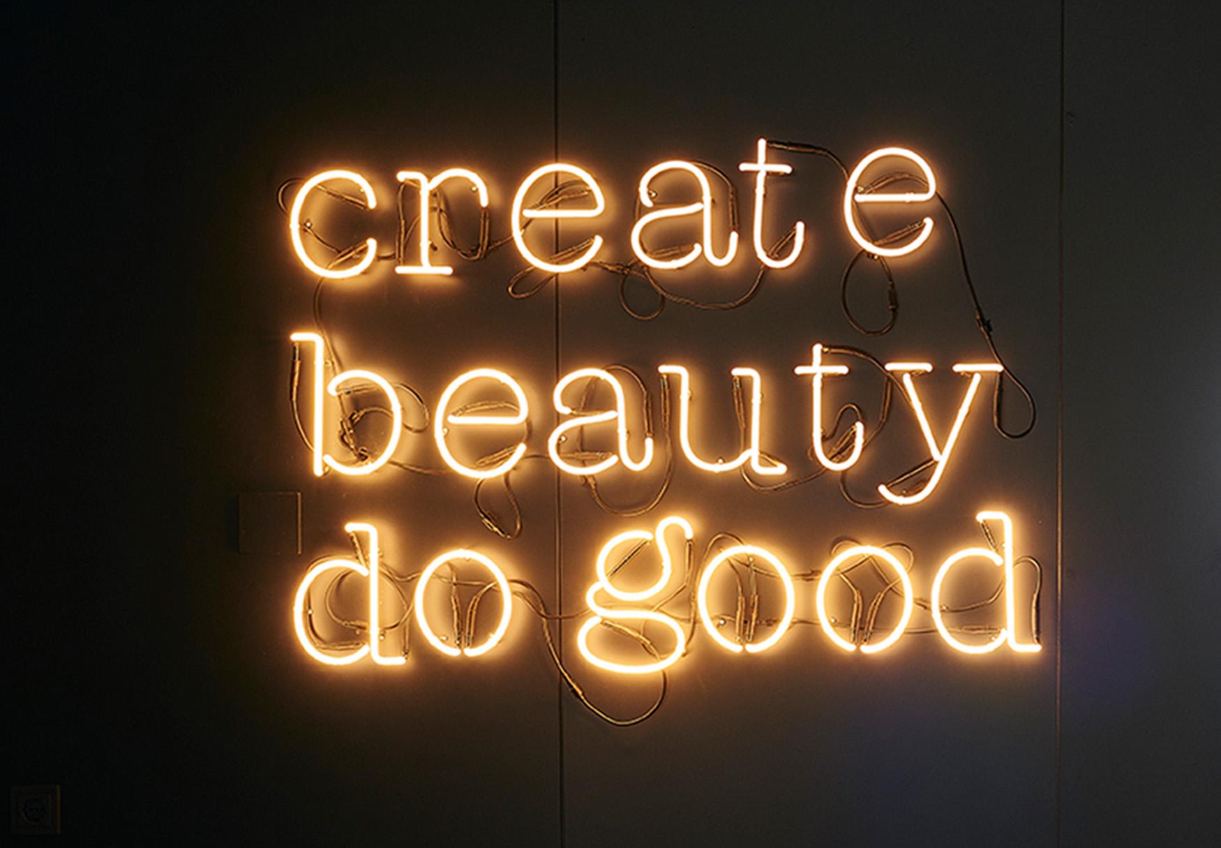 BLOOEY_Remko Verhaagen_create beauty do good.jpg
