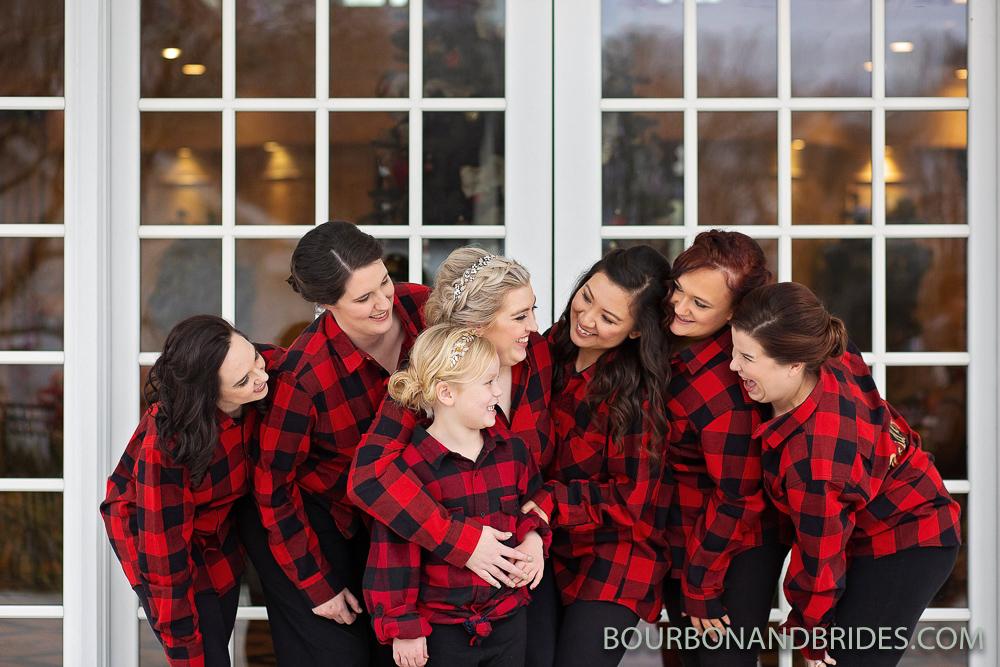 Bridesmaids-signature-club-wedding-photographer.jpg