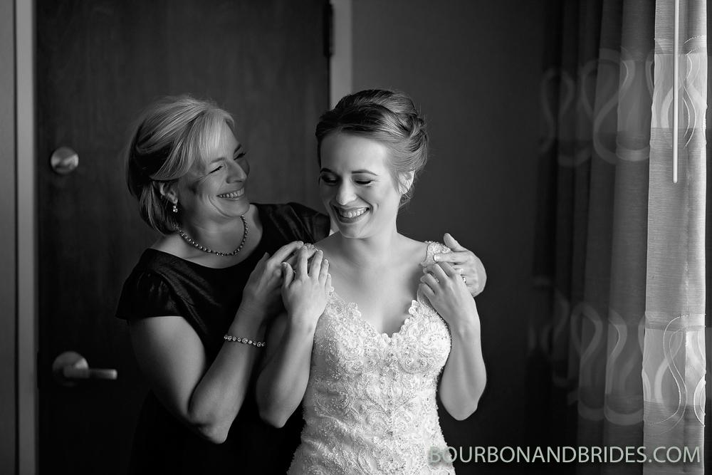 mom-bride-lexington-photographer.jpg