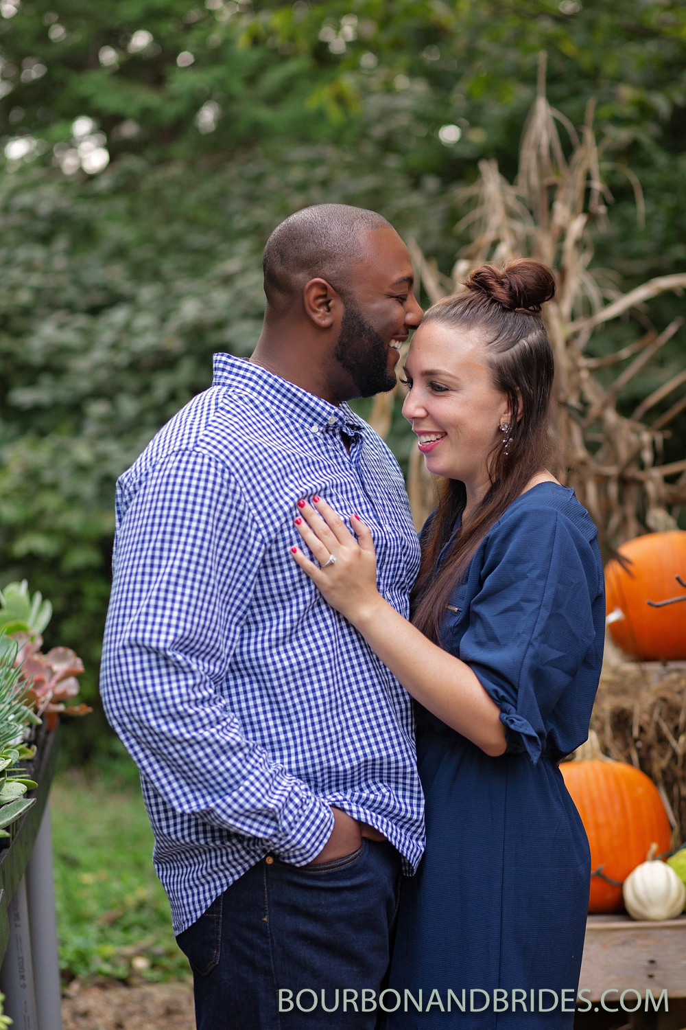 louisville-kentucky-fall-engagement-2.jpg