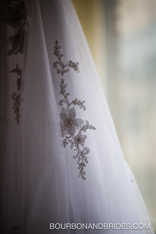 Louisville-wedding-kentucky-dress-lace.jpg