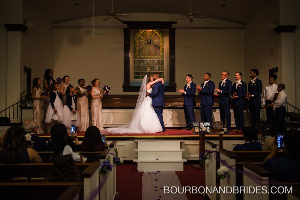 Louisville-wedding-kentucky-kiss.jpg