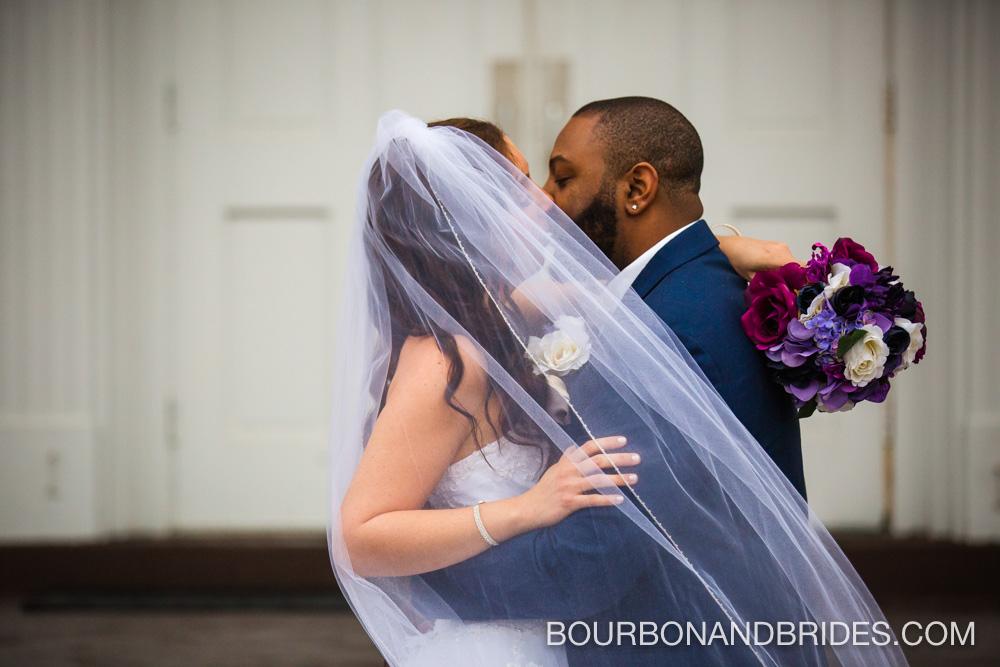 Louisville-wedding-kentucky-bride-veil.jpg