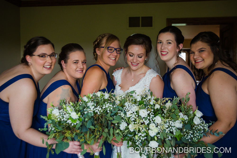 Cincinatti-wedding-bridesmaids-photographer.jpg