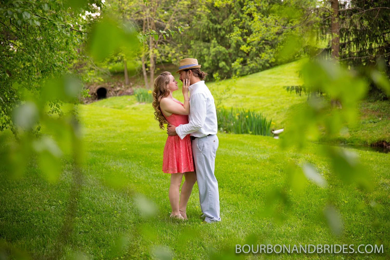 kentucky-farm-engagement-photographer-20.jpg