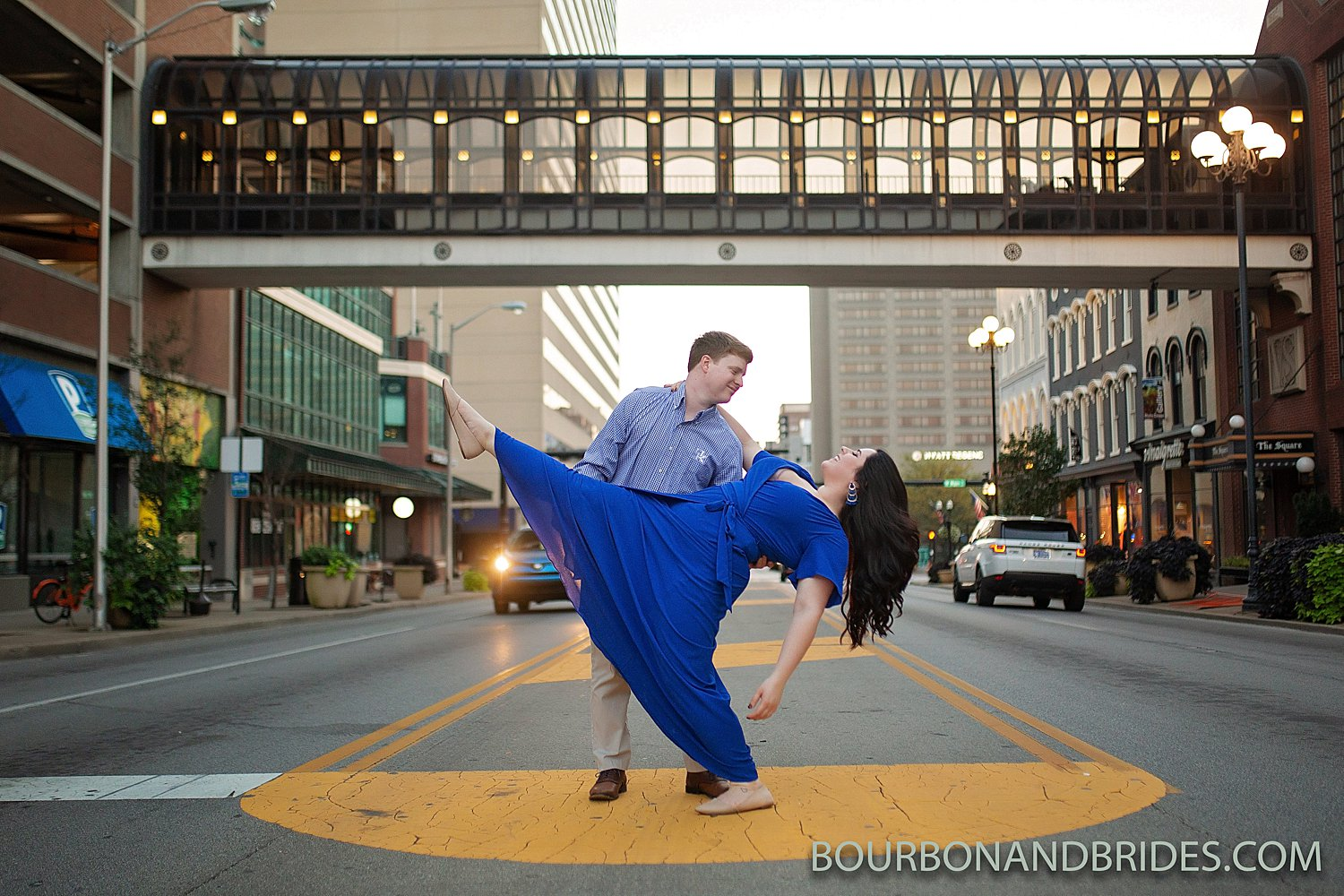 Downtown-Lexington-Kentucky-engagement_0003.jpg