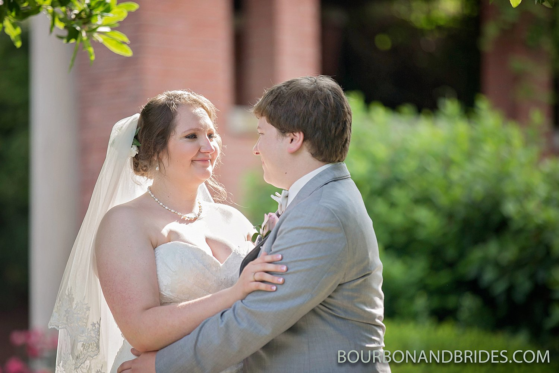 Gardencourt-wedding-Louisville-Presbyterian-Seminary001.jpg