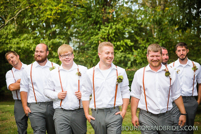 Kentucky-wedding-photography-forest-retreat_0008.jpg