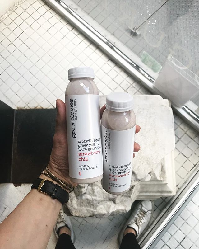 the PERFECT breakfast on the go ☝🏼 Welcome to the family Strawberry & Chia Probiotic Liquid Yogurt! 🍓