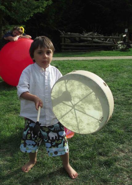 kid 3 play around sound.png