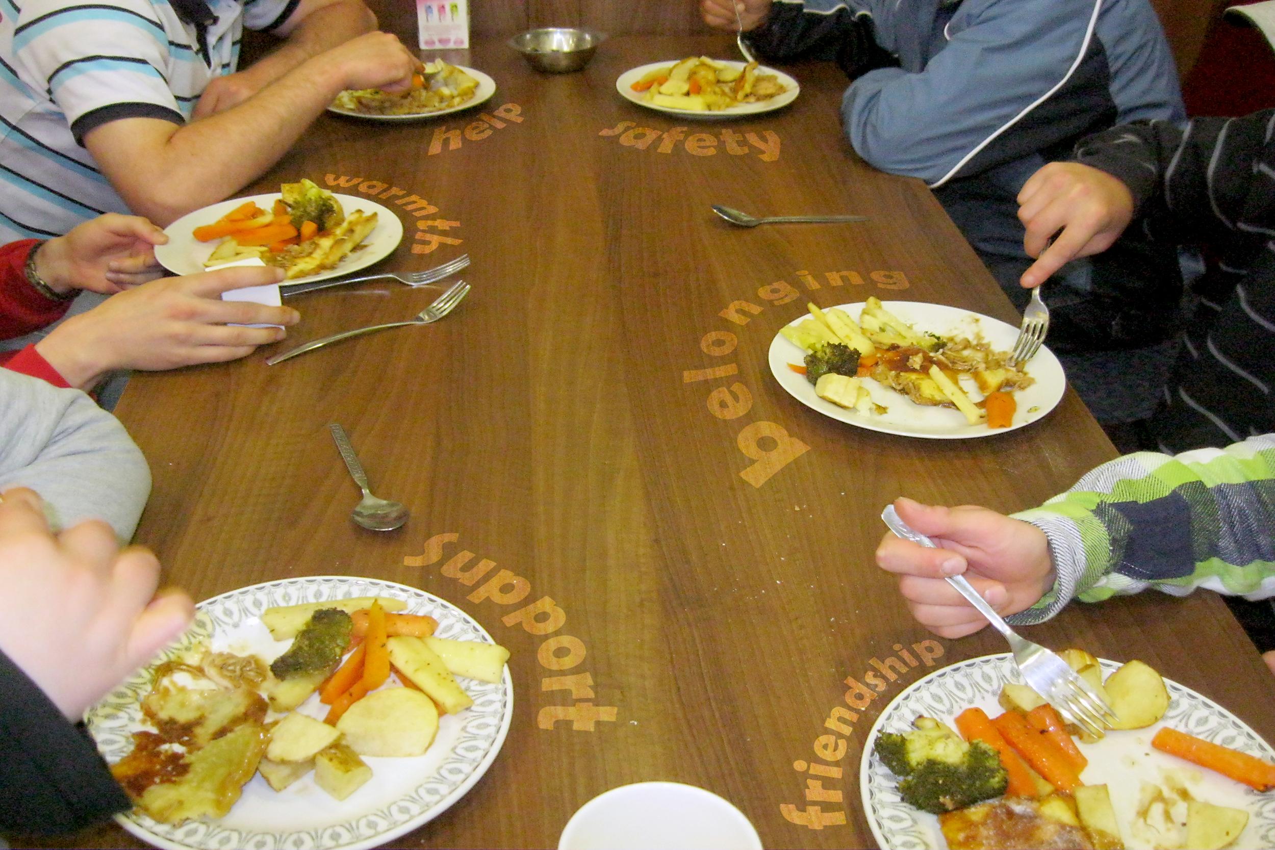 dinnerWelcomeCentre30x40.jpg