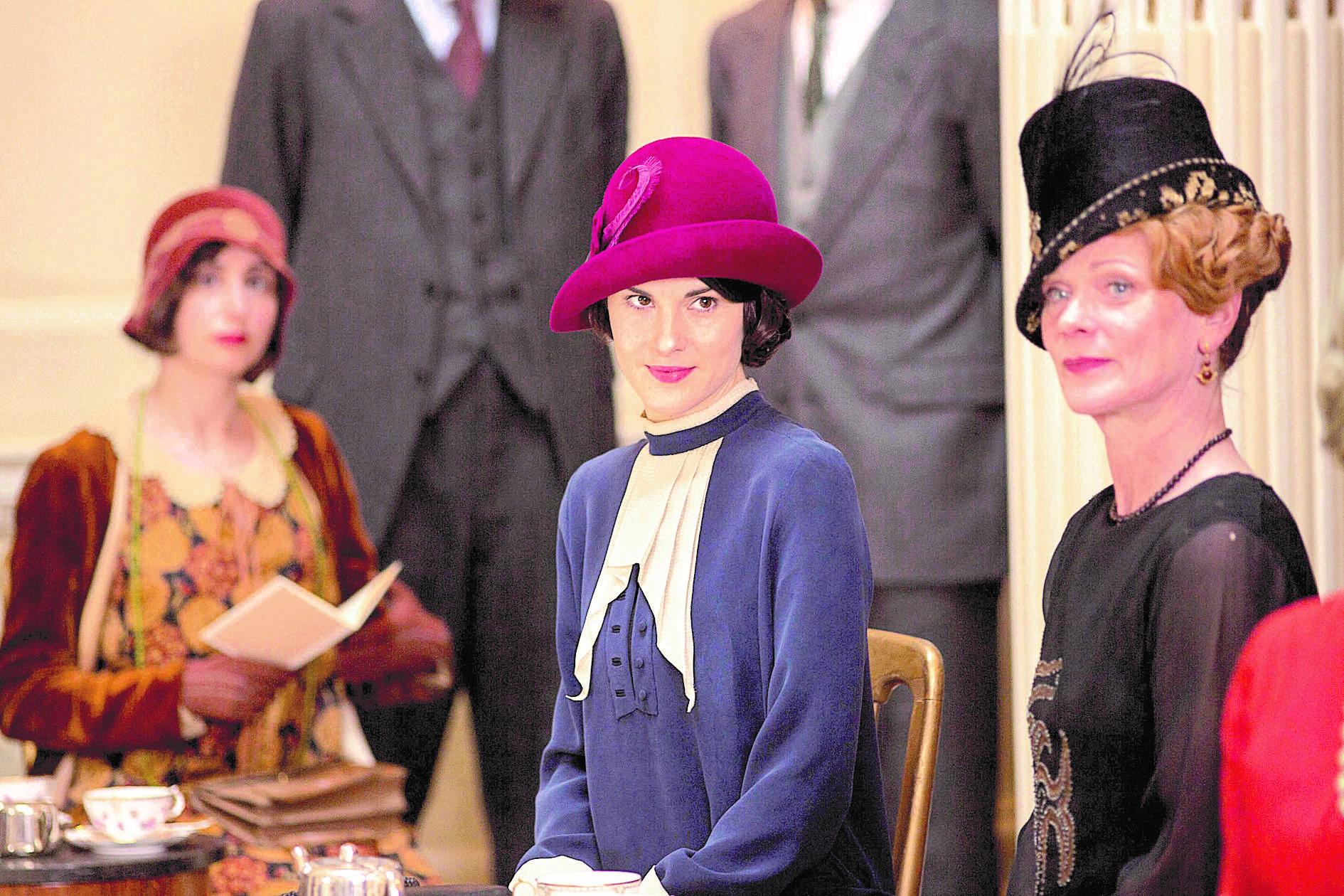 Fashion Show - Downton Abbey