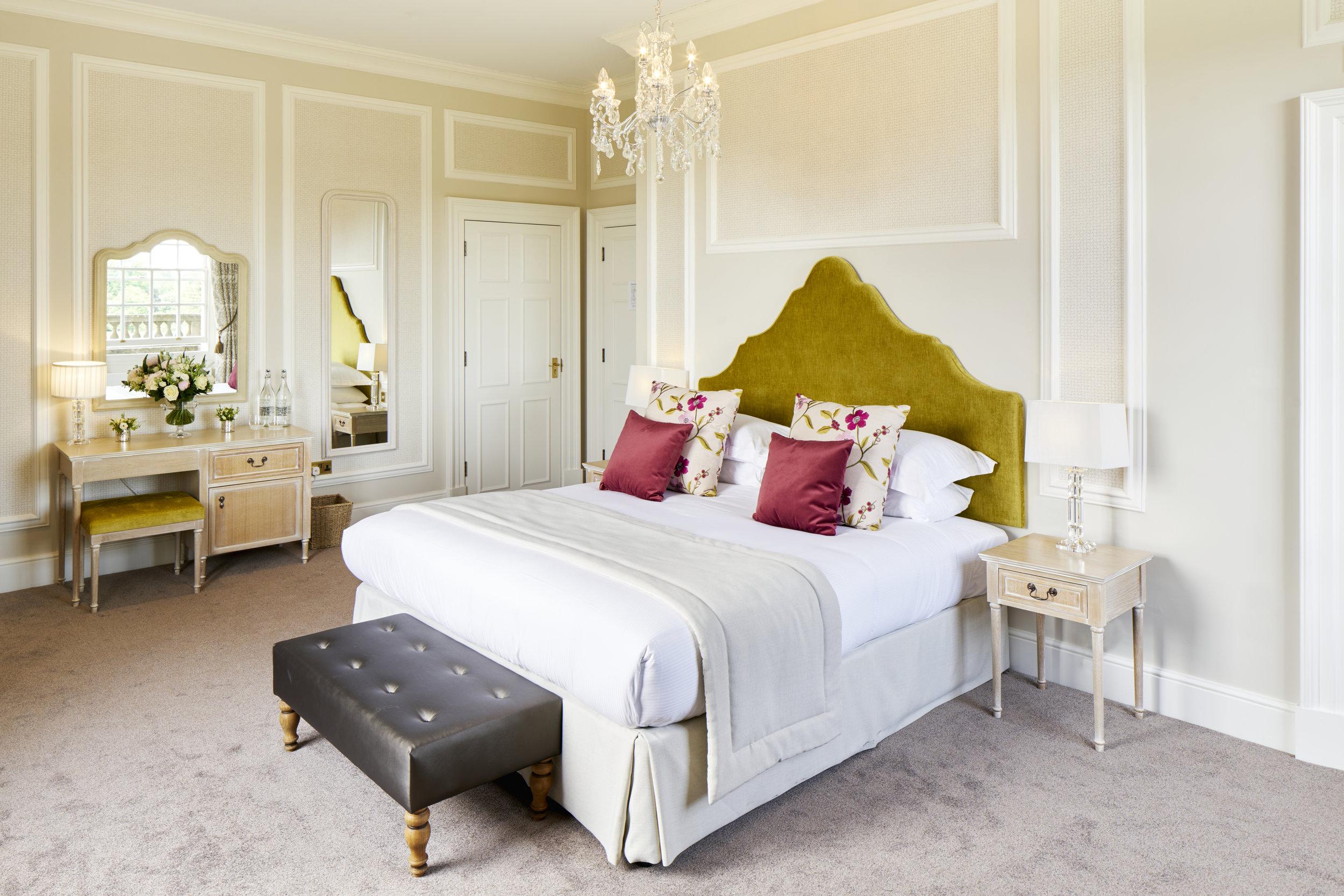 Bedroom 1 Hedsor House - Dominic James.jpg