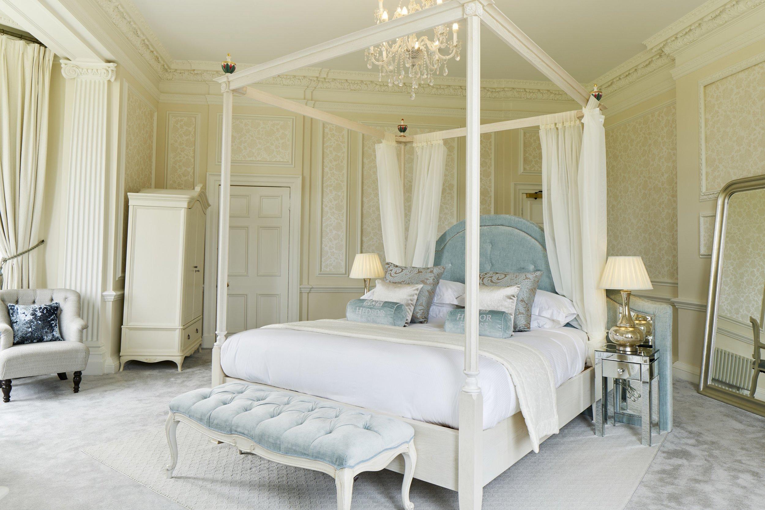 Bridal Bedroom 2 Hedsor House - Dominic James.jpg