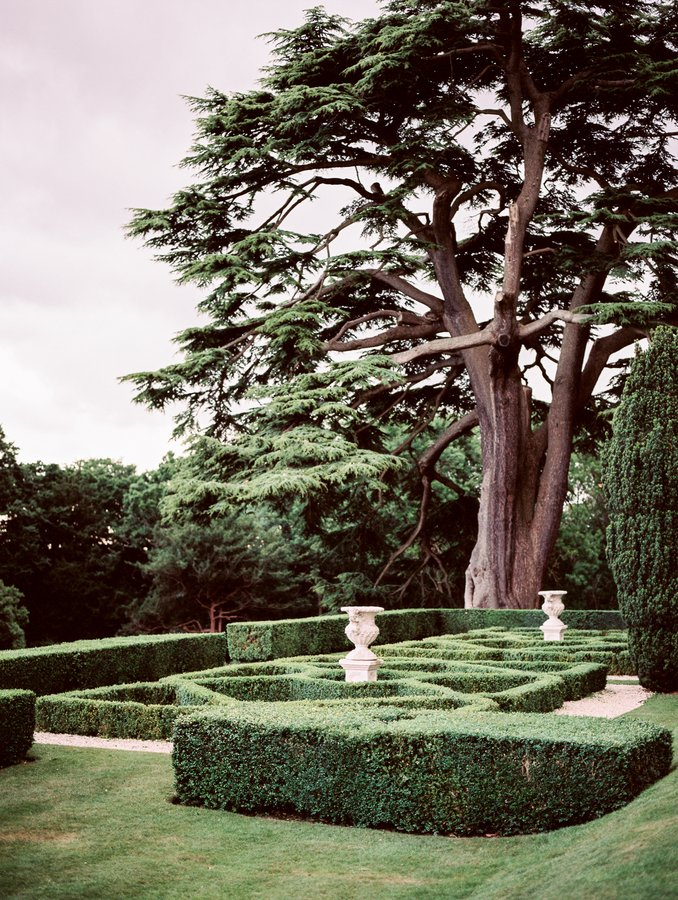 UK Fine Art Hedsor House Photographer Alexis & Ben-4.jpg