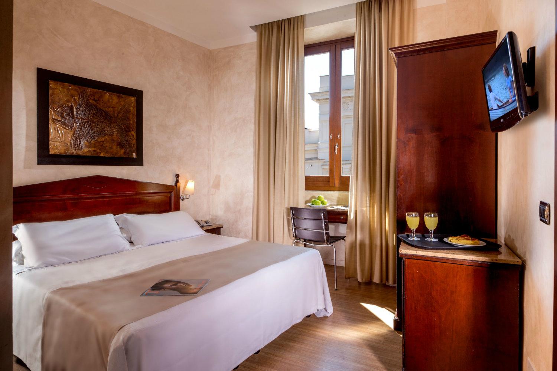 san-francesco-hotel-in-trastevere-bedroom.jpg
