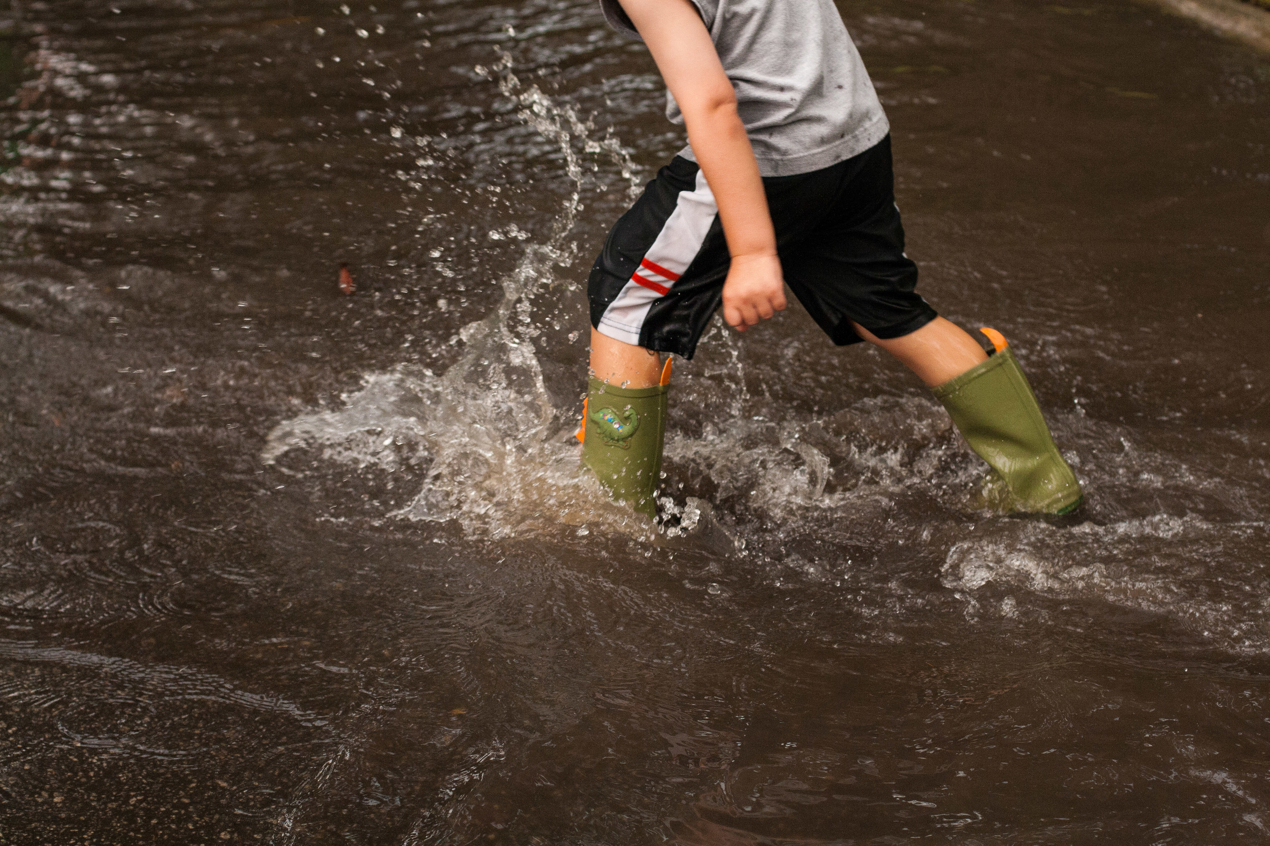 Puddle Jumping-6.jpg