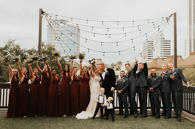 Not that it's any cooler in Florida but this burgundy & grey wedding party has us gearing up for fall wedding feels 🍁 Photo @ardencyandarrowco // Floral @cottonandmagnolia . . . . . . ⠀⠀⠀⠀⠀⠀⠀⠀⠀ #justmarried #tampawedding #tampaweddingplanner #tampaweddingcoordinator #stpetewedding #stpeteweddingplanner #stpeteweddingcoordinator #bridesmaids #weddingphoto #weddingphotoideas #burgundywedding #greenery #weddingphotoinspiration