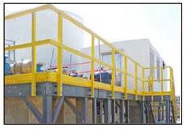 按照OSHA标准,采用拉挤成型的FRP扶手。安全栏杆用于保护工作场所的滑动/坠落区域。