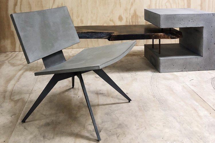 D Abri Lounge Concrete Pig