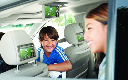 If you need a car video player installed in your car, you need to come to Car Stereo City in Kearny Mesa. Our San Diego location will get video screens in your car so you can watch movies, DVDs and more.