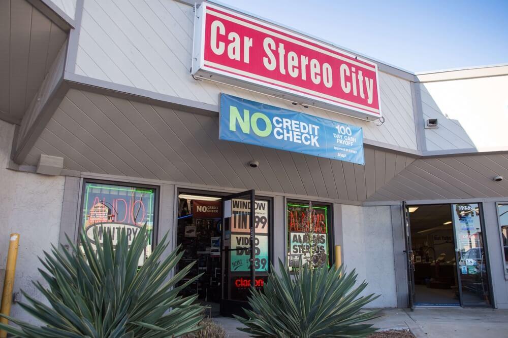 car-audio-window-tinting-lambo-doors-San-Diego