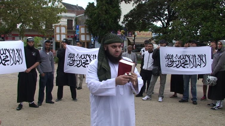 Event of the Salafist group Forsane Alizza in August, 2011. At the centre is its leader, Mohamed Achamlane, who was jailed in 2015 for criminal conspiracy in connection with a terrorist enterprise. Agnès De Féo, Author provided