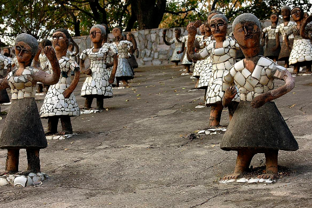 Statues of dancers in Rock Garden of Chandigarh. Image Credit: Atlas Obscura