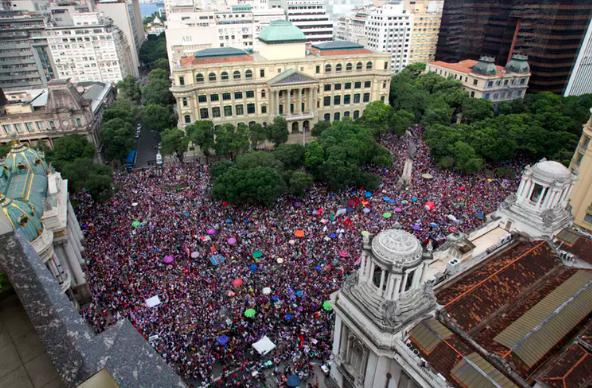 Protests in Rio de Janeiro against Jair Bolsonaro on Sept. 29, organized under the hashtag #EleNao (#NotHim).  AP Photo/Silvia Izquierdo