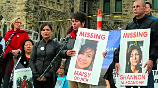Ottawa vigil for missing and murdered aboriginal women in 2014. Obert Madondo. CC BY-NC-SA 2.0