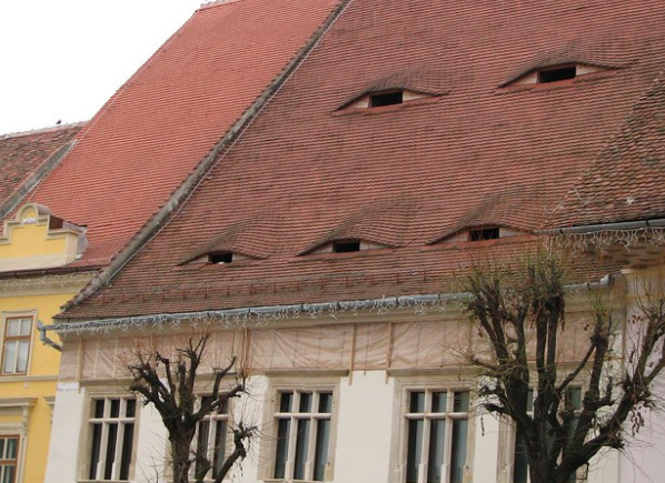 Houses with eyes in Sibiu. lucianf. CC BY 2.0