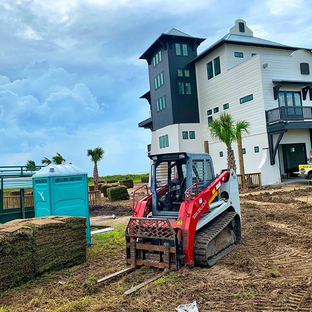 We are so thankful for our amazing subcontractors that have showed up throughout the tough conditions to make a push towards the finish line on this beachfront beauty. * * * * * #hardwork #landscaping #beachfront #beachhouse #seagrassbeach #bolivarpeninsula #crystalbeach #texas #texas🇨🇱 #beach #gulfcoast