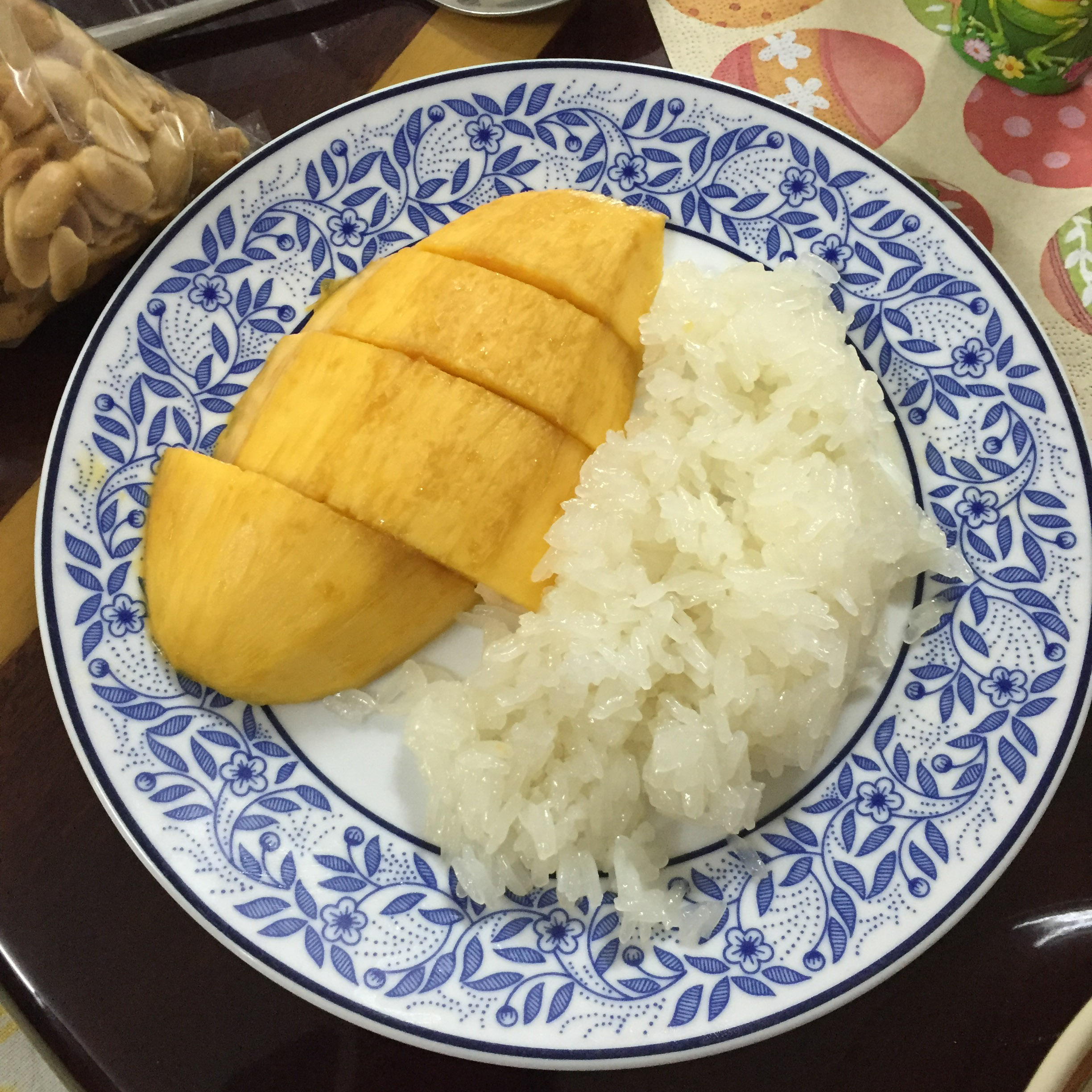 Sweet and Salty Sticky Rice & Gently Sweet Mangos!