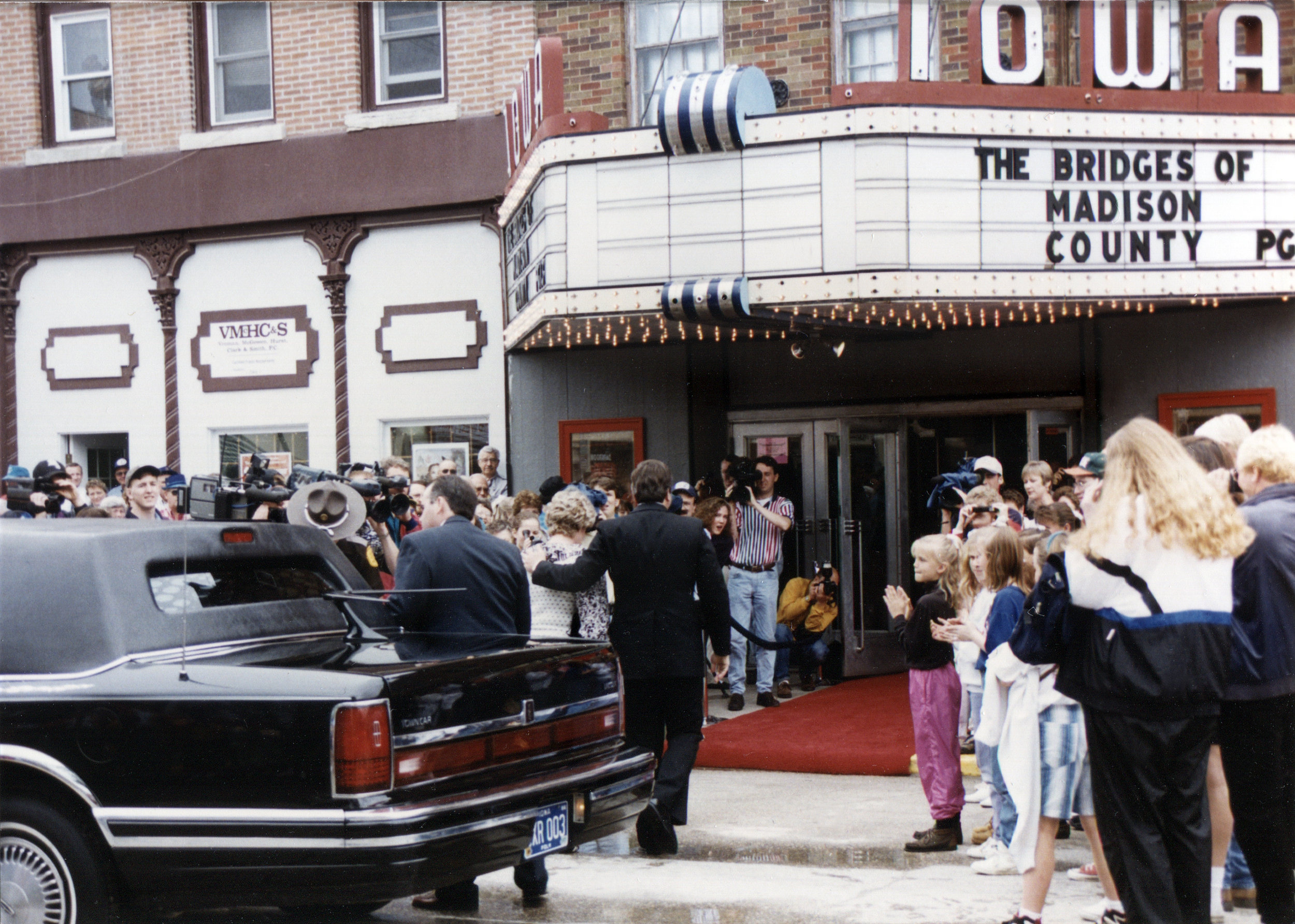 The Bridges of Madison County premiere at the Iowa Theater, 1995. Photo courtesy Wayne Davis.