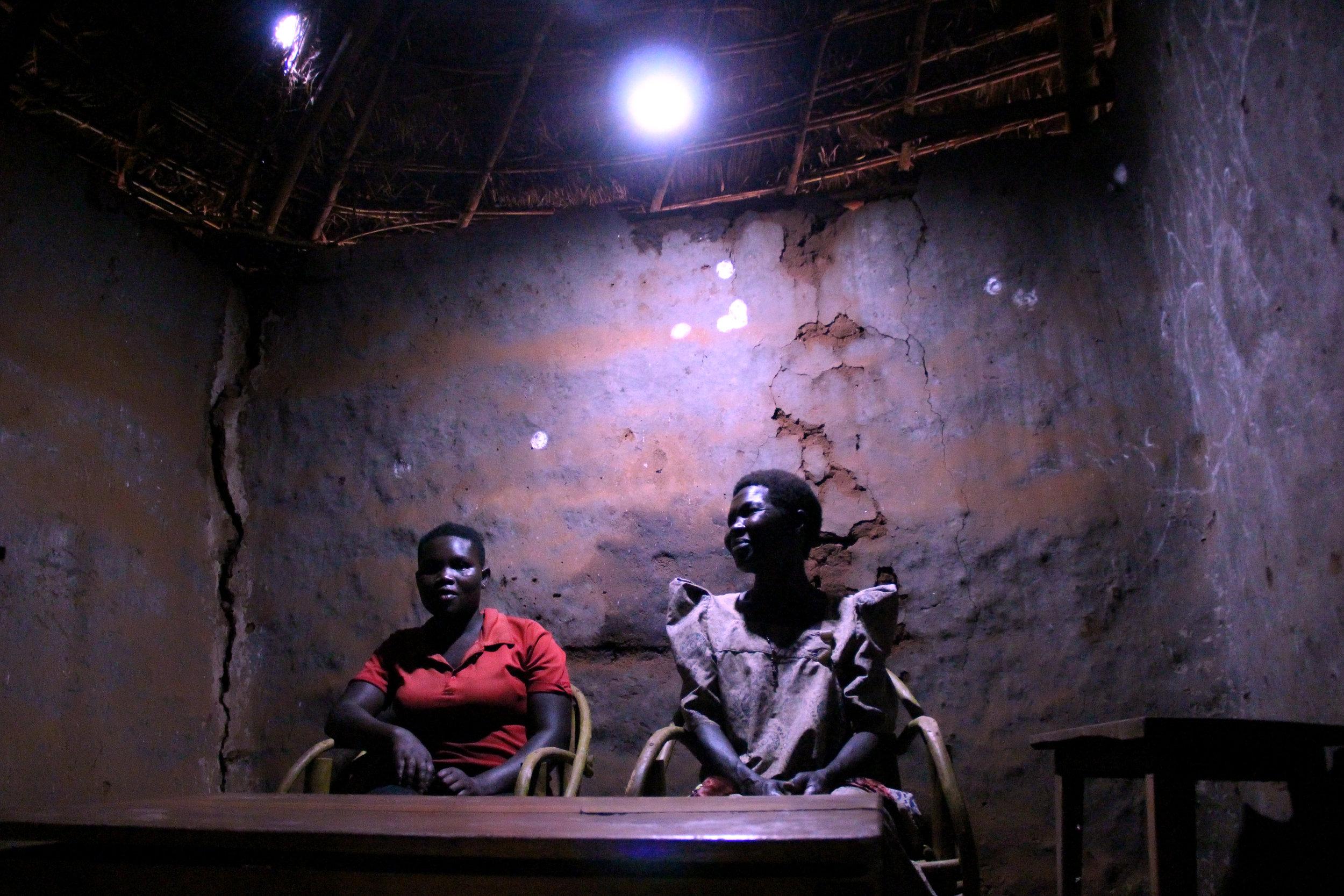 181118 - Uganda Home ligth 1.JPG