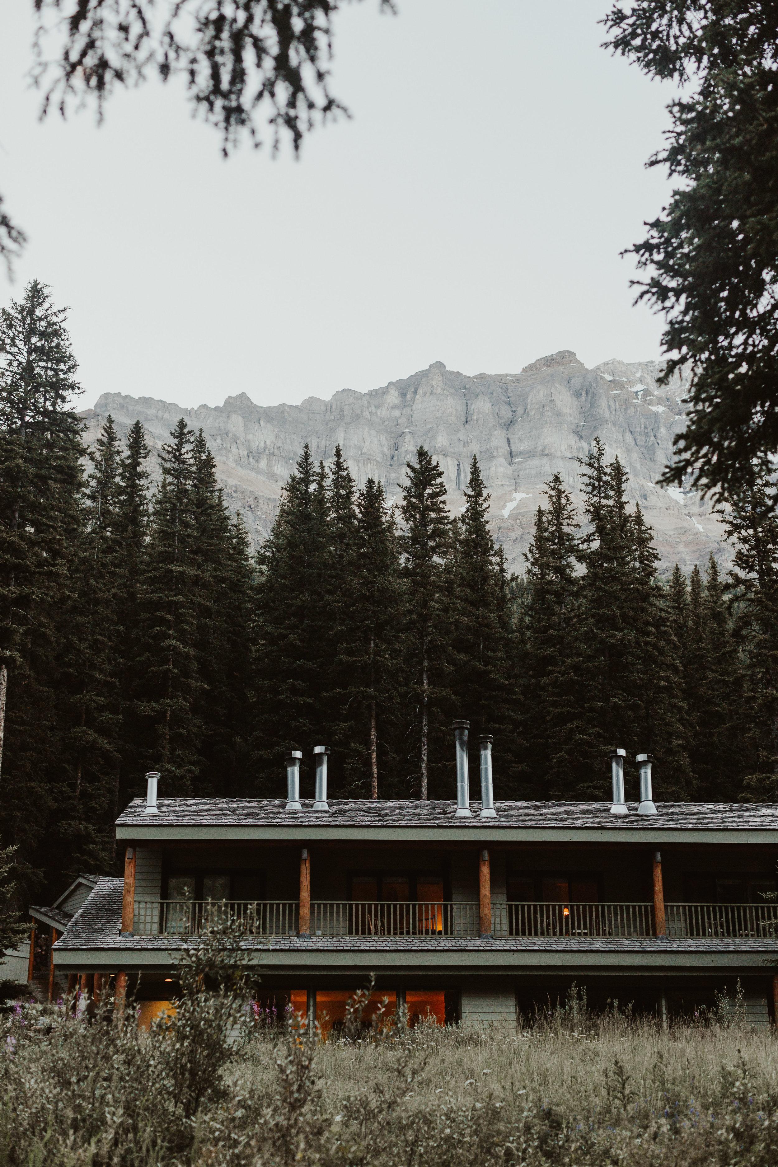Jessie+Parker_Engagmenet_Banff_Canada-422.jpg