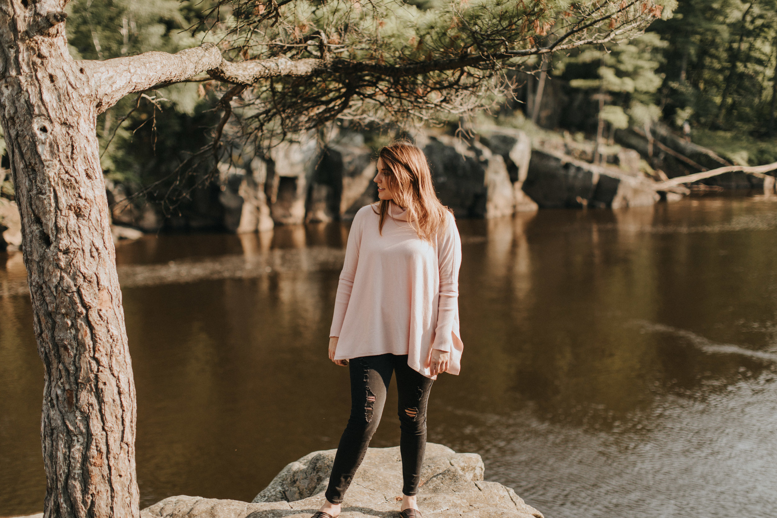 MainstreamBoutique_2018Taylors_Falls_Russell_Heeter_Photography-209.jpg