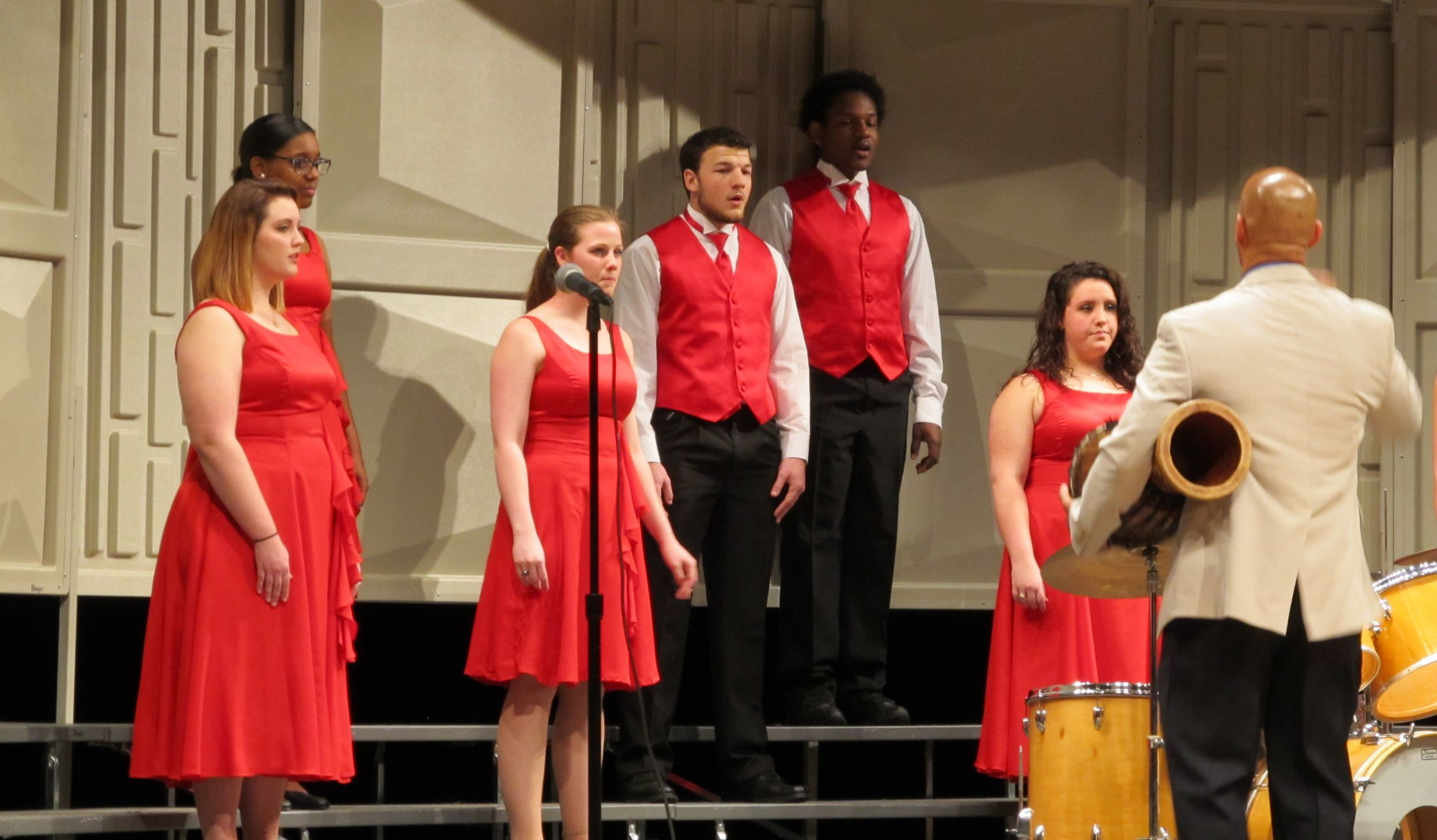 Choir 6.jpg