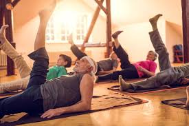 Moxie Fit NYC offers Small Group Fitness Classes for active seniors.