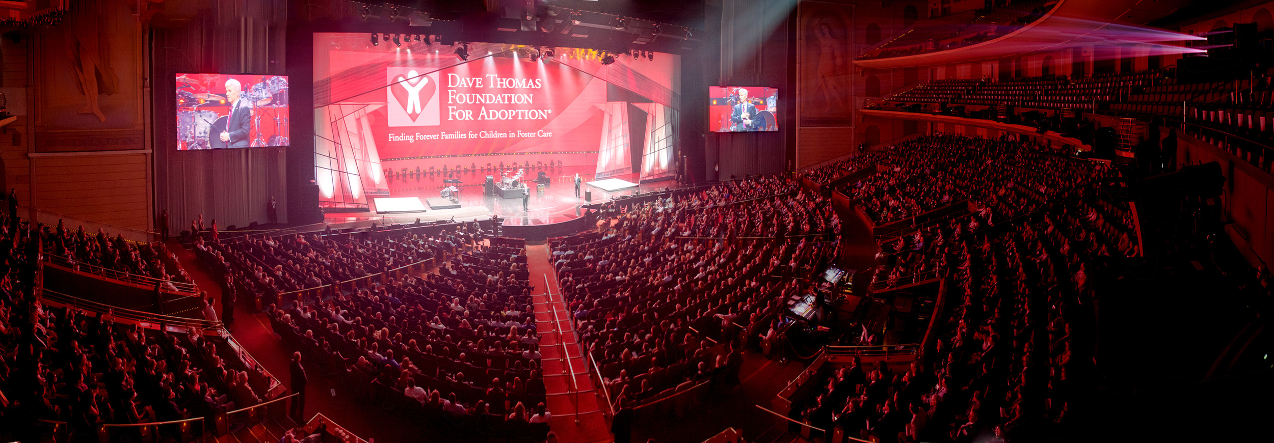 Auction-Stage-Pan-1.jpg