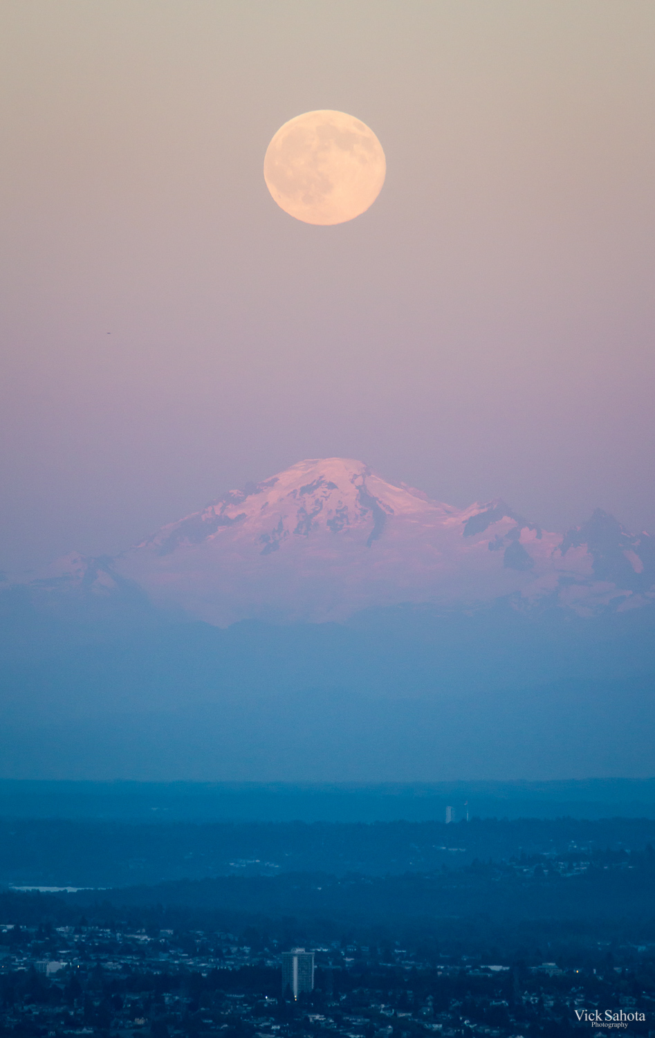 The moon over Mount Baker