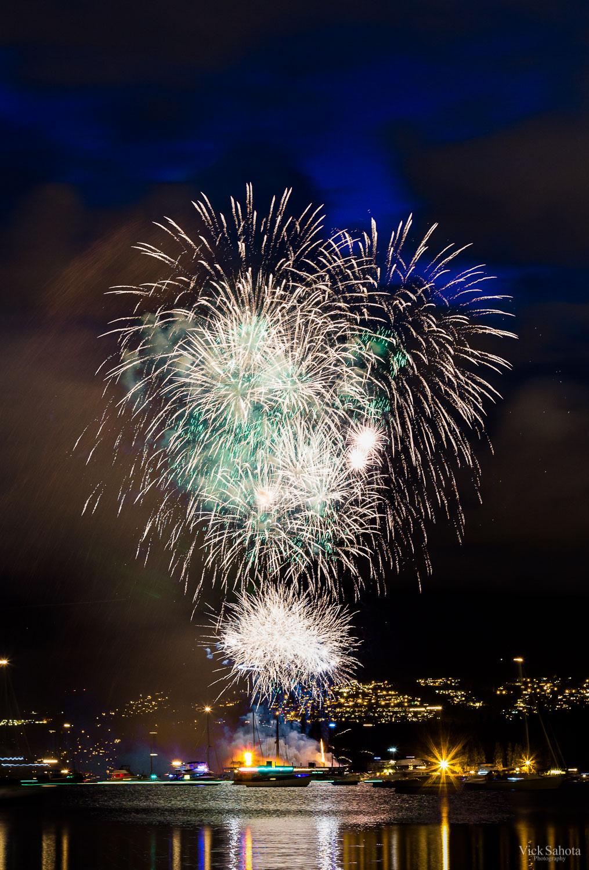 China Celebration of Light Firework Burst